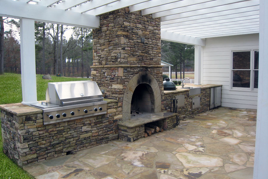 Outdoor Kitchens & Pizza Ovens | North Greece Landscape in ...