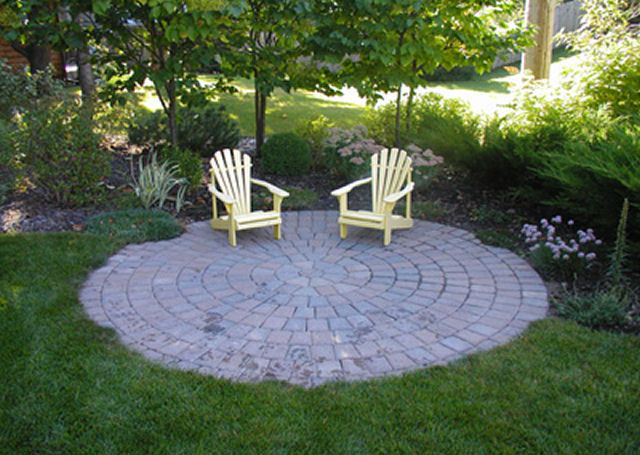 Great Circular Patio .